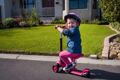 Hulajnogi trójkołowe – coś dla najmłodszych