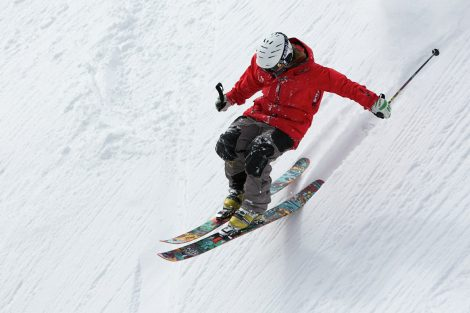 Bezpieczeństwo na stoku narciarskim - o czym pamiętać