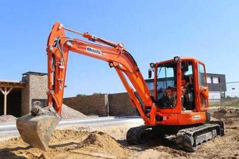 Wypożyczalnia sprzętu budowlanego - kto dba o sprawność wynajmowanych maszyn?