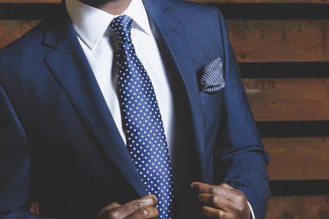 Jak idealnie dopasować garnitur do sylwetki